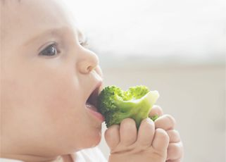 baby-weaning-stage-1-home